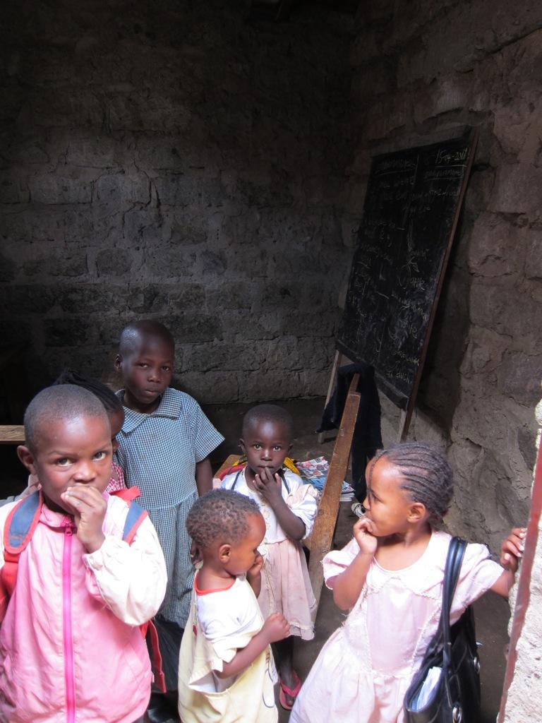 SchülerInnen der Saint Lazarus Akademie/Pupils of Saint Lazarus Academy